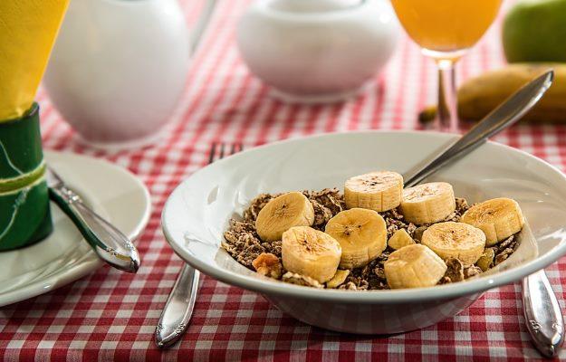 पाचन तंत्र की बीमारी में क्या खाना चाहिए? - What to eat during Digestive Disorders in Hindi?